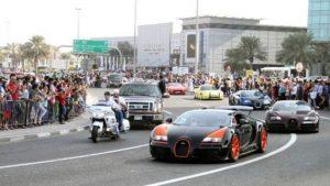 160612130827_dubai_cars_640x360_bbc_nocredit